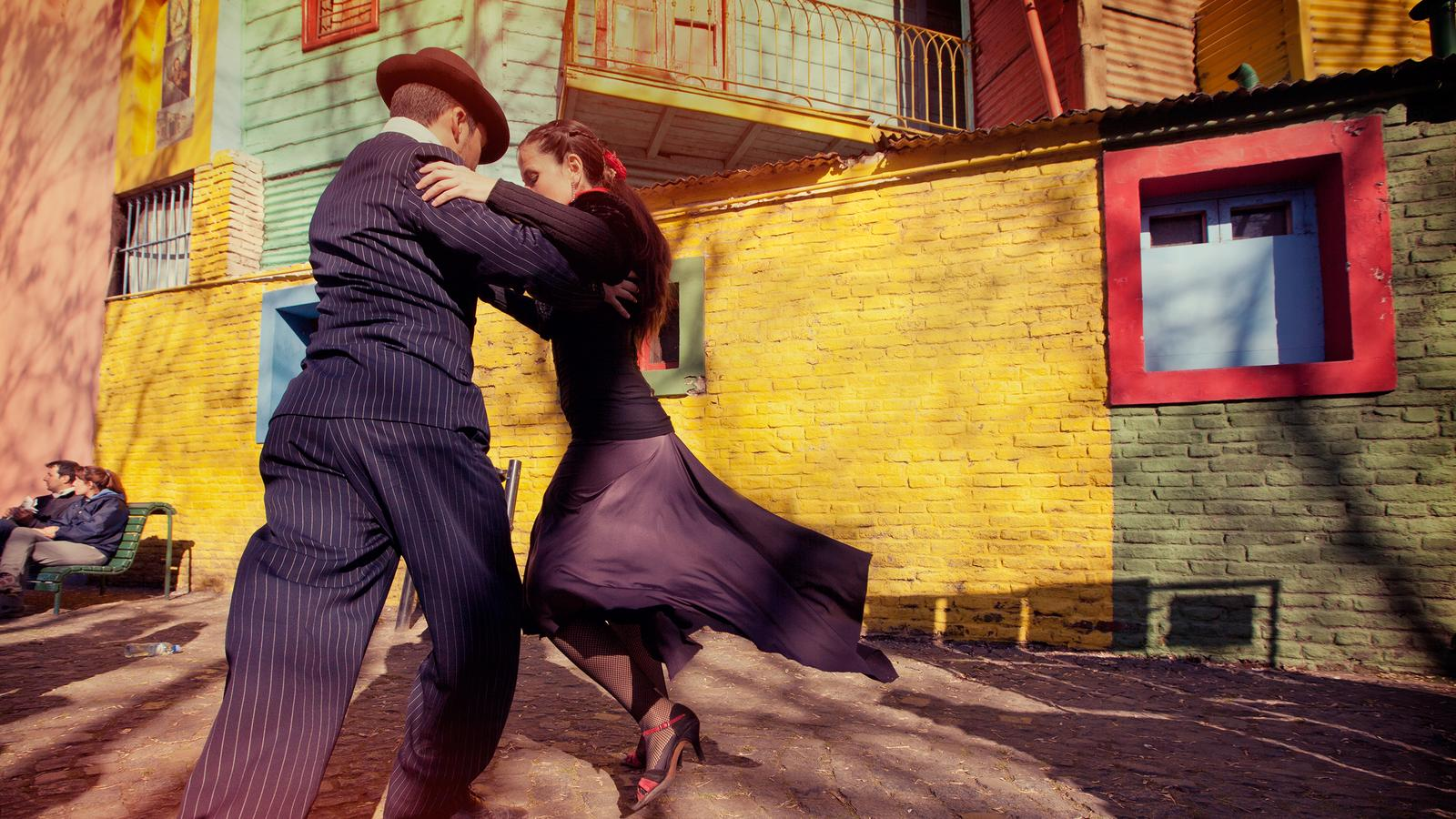 Tango'da Bütünlük...