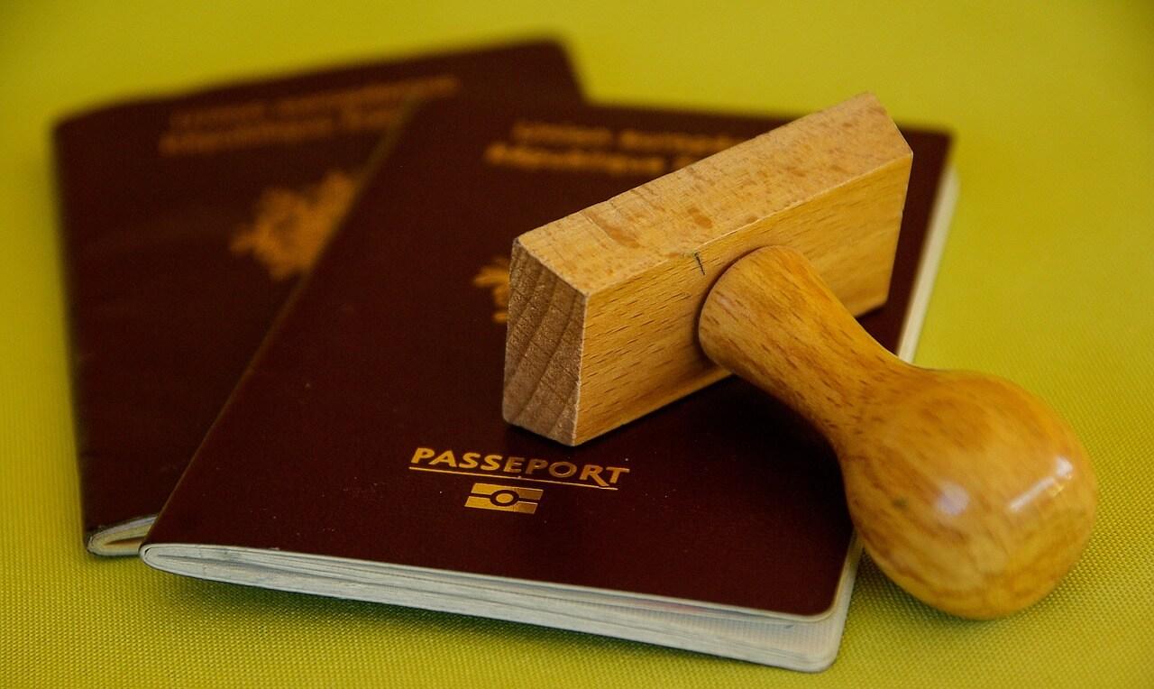 Passaporto Online: Costi, Tempi e Documenti