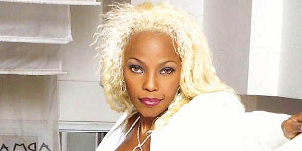 Photo of Remembering Lebo Mathosa With 5 Of Her Best Songs