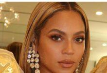 Photo of Beyonce Surprises Fans On A Disney Singalong Performance