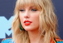Photo of Woman Crushing On Taylor Swift!   Continued Success of 'folklore' Album + Chart Topping 'cardigan'!