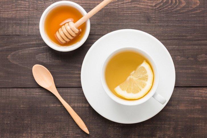 Lemon Juice and Honey Face Mask
