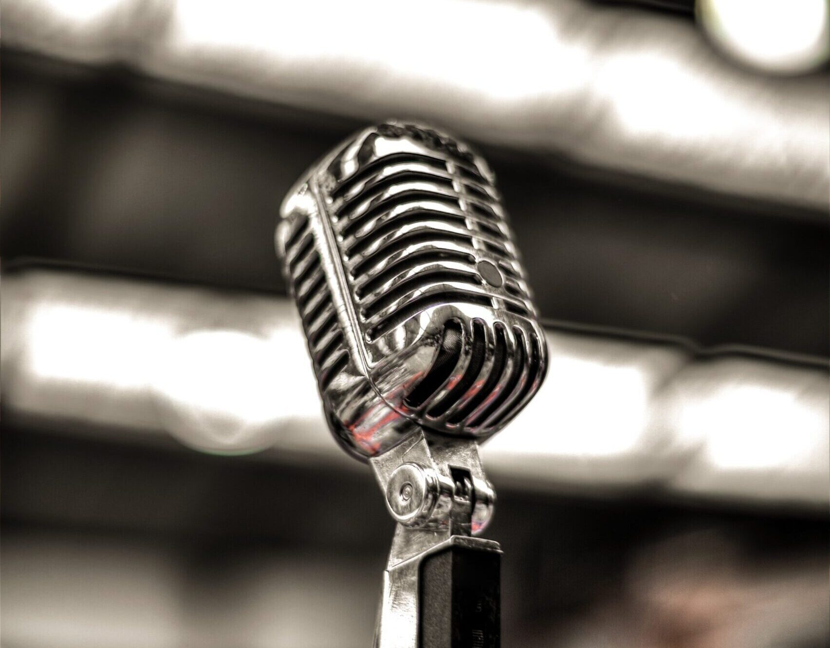 Microphone - cropped - Rachel Writes press release writing service