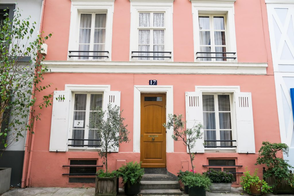 Rue Cremieux, Paris. Travel Diary & Blog by Rosie Andre (crémieux, wanderlust, travelling, destination, europe, city of love, louvre, eiffel, guide, photos, photo, photography, to do, notting hill, shutters, french architecture, cute, pretty, blogger, visit, tourist, hidden gem, photoshoot, ootd, model, instagram, influencer)