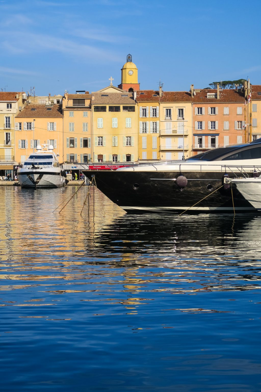 Saint Tropez, South of France. Travel Diary & Blog by Rosie Andre (wanderlust, cote d'azur, provence, french riviera, monaco, nice, 21 photos, inspiration, photo, photography, photographs, inspo, inspiration, visit, guide, day trip, summer, holiday, vacation, beautiful, architecture, yachts)