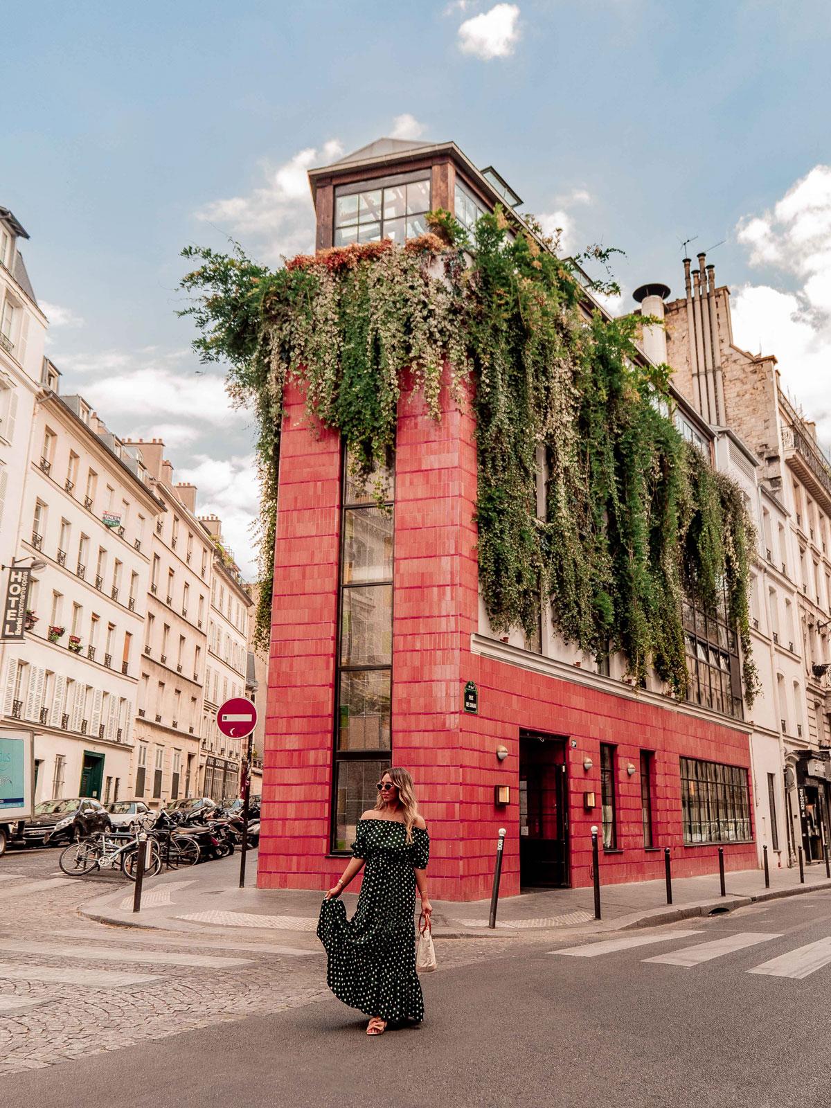 20 Best Paris Photography Locations Instagram Spots Pink Mamma @kelseyinlondon Kelsey Heinrichs