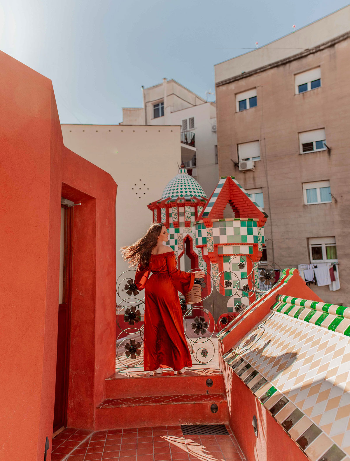 Top-things-to-do-in-Barcelona-Bucket-list--Instagram-Story-Template--kelseyinlondon-Kelsey-Heinrichs--What-to-do-in-Barcelona--Where-to-go-in-Barcelona-top-places-in-Barcelona-casa-vicens