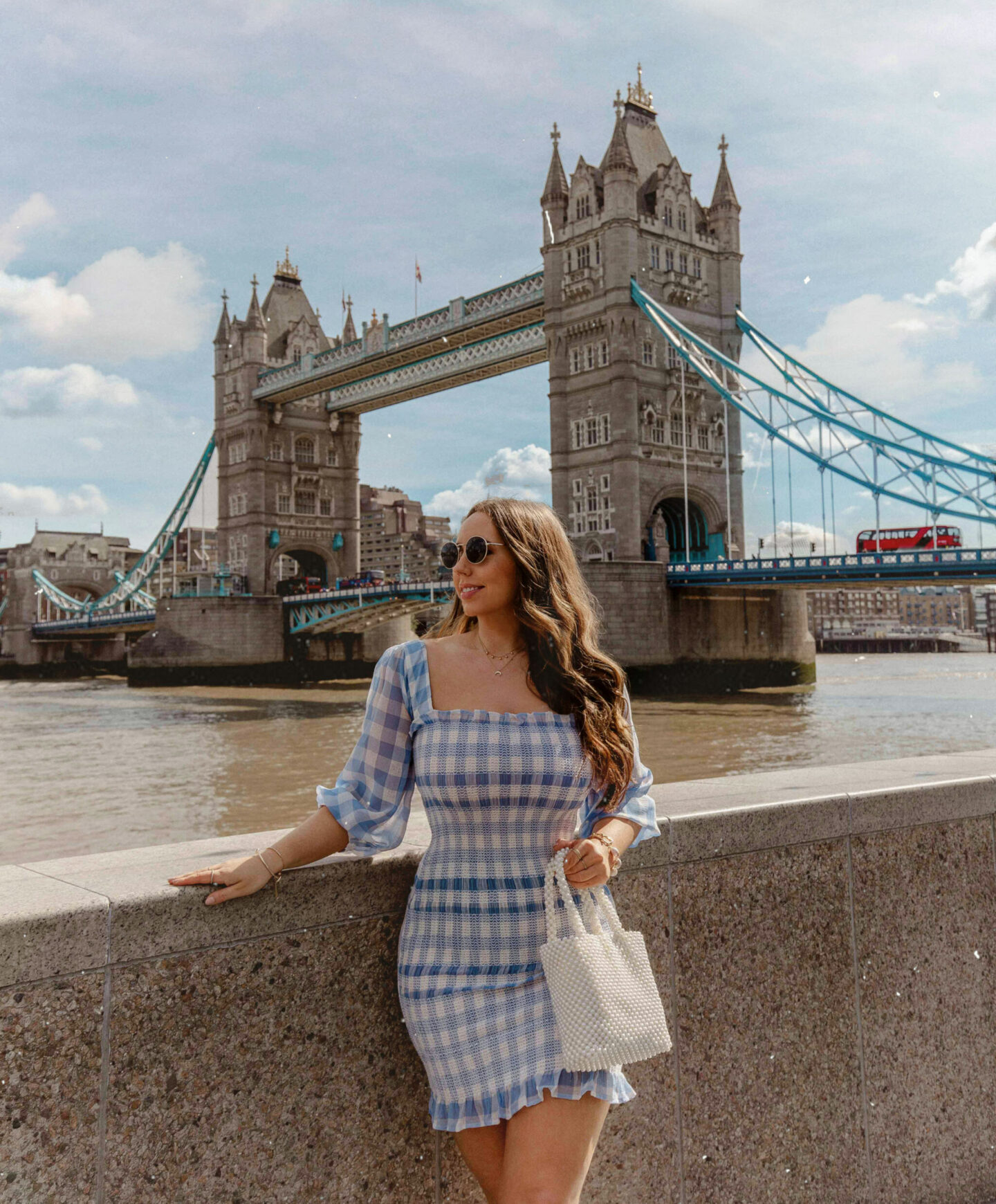 kelseyinlondon moving to london guide how to move to london tips kelsey heinrichs tower bridge