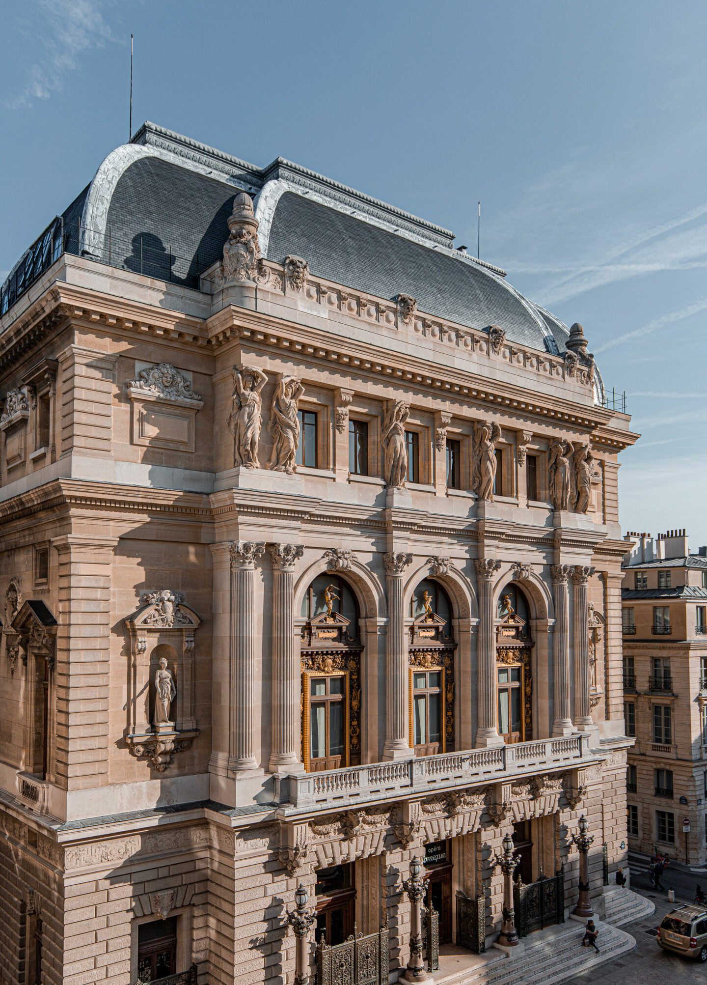 5-best-hotels-in-paris-where-to-stay-in-paris-paris-boutique-hotel-la-maison-favart-kelsey-heinrichs-kelseyinlondon