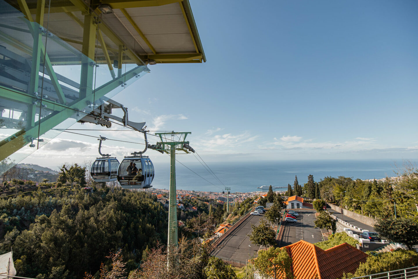 madeira-cable-car-Top-things-to-do-in-madeira-Bucket-list--Instagram-Story-Template--kelseyinlondon-Kelsey-Heinrichs--What-to-do-in-madeira--Where-to-go-in-madeira-top-places-in-madeira-