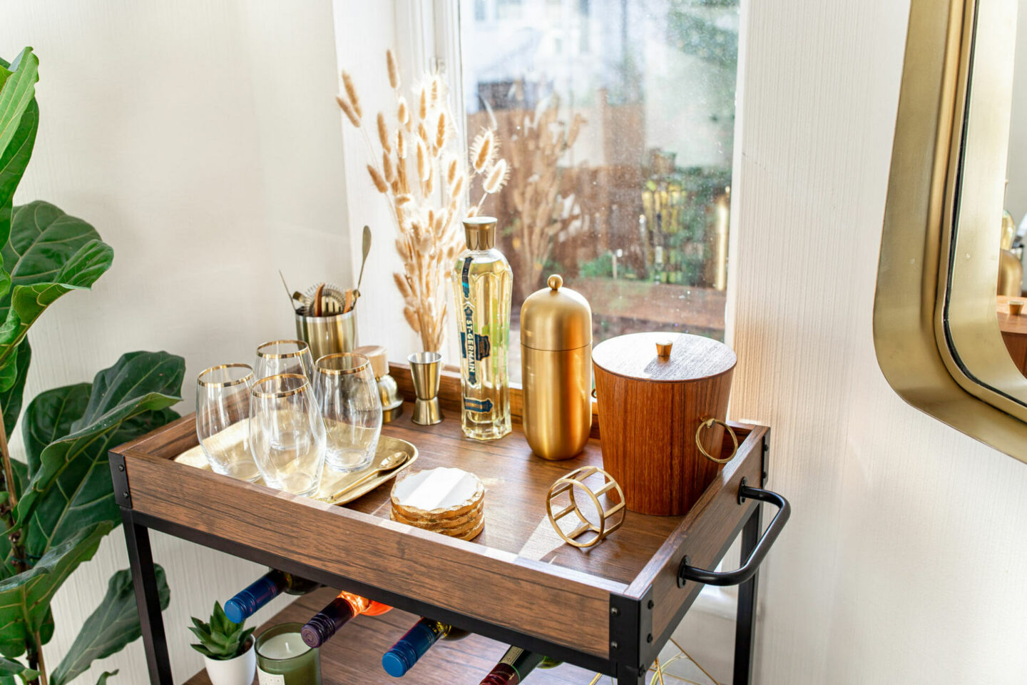 3-kelseyinlondon_new_year_resolutions_2020_homewithkelsey_bar_Cart_styling_bar_Cart_wayfair