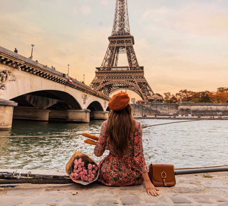 Paris Instagrammable Locations kelseyinlondon kelsey heinrichs things to do in Paris bucketlist Pont d'Iéna