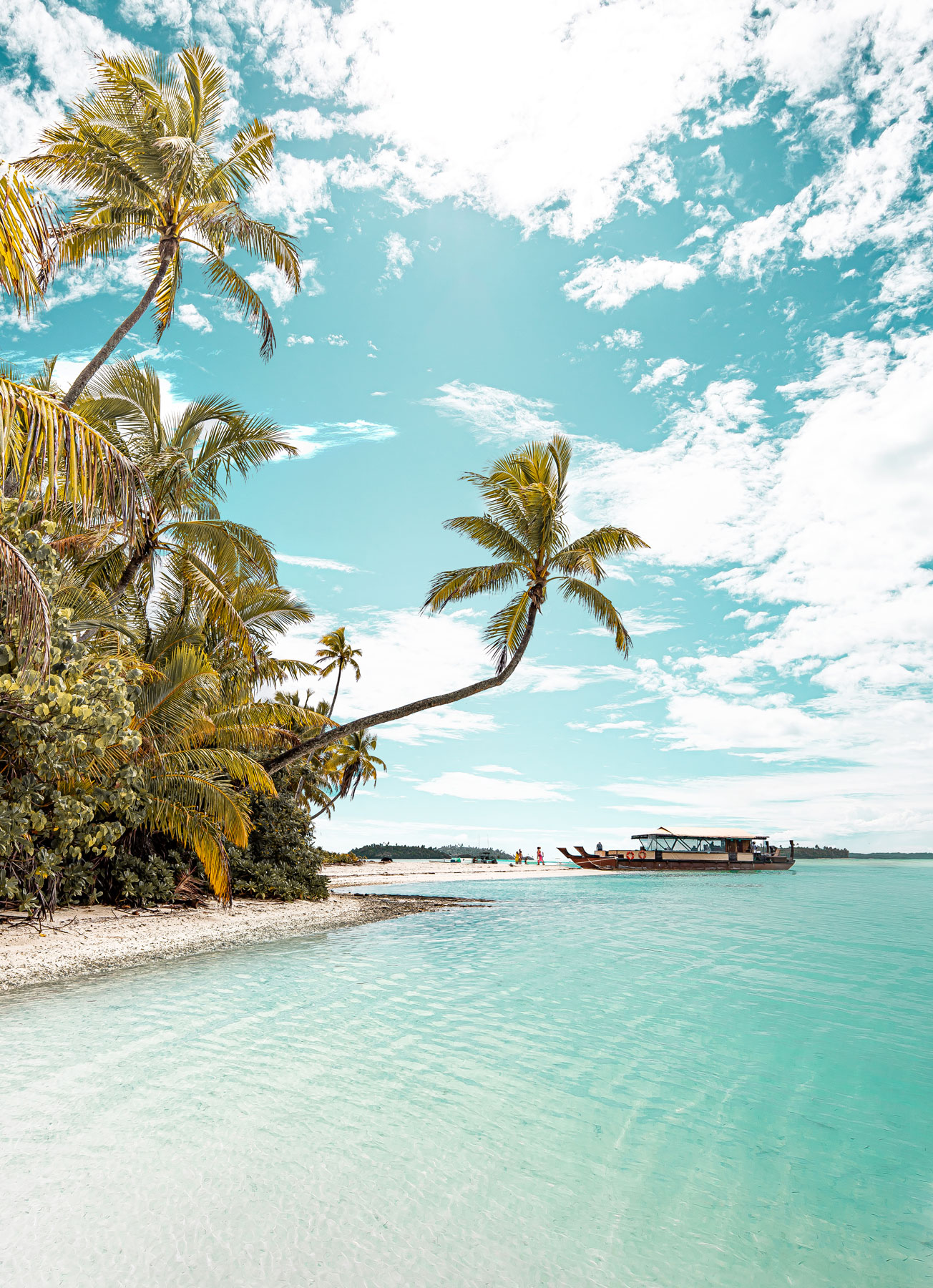 Cook-Islands-Travel-Guide-–-Rarotonga-–-Aitutaki-–-Kelsey-Heinrichs---@kelseyinlondon