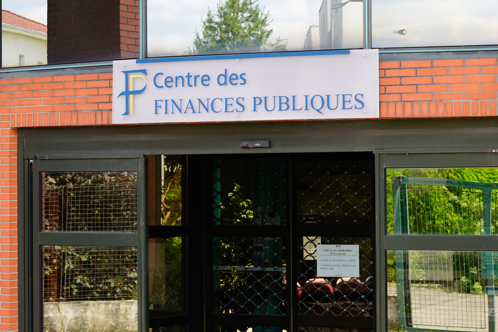 How to pay income tax in France