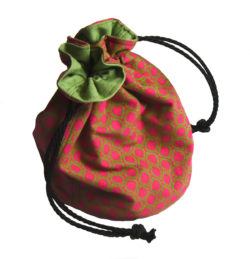 drawstring bag, reversible organiser, upcycled CD, nyenganyenga, Three Cats shweshwe cotton,