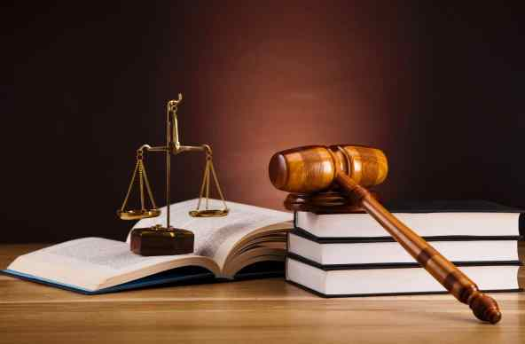 Top Five Law Universities in UK – Study Law in UK