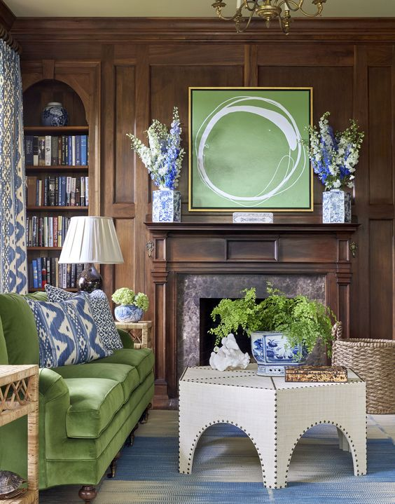 Sarah Bartholomew interior. Artwork by Kayce Hughes. Directorio Deco by Gloria Gonzalez