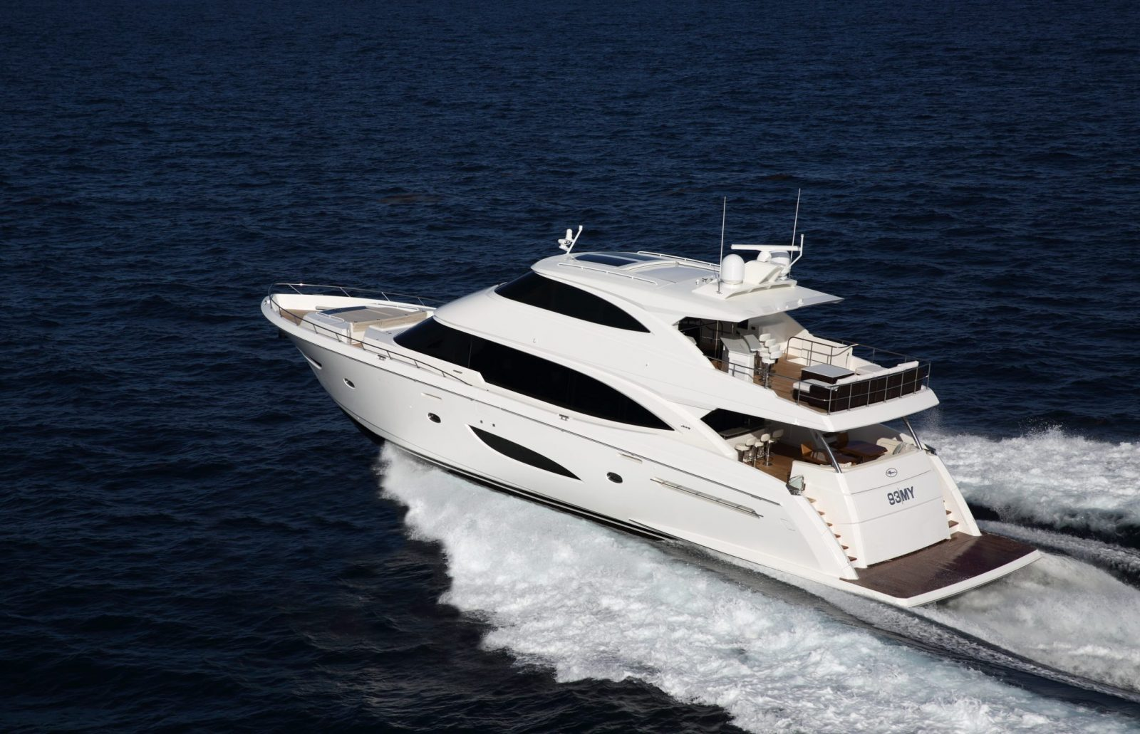 Viking93MY Preliminary-09 wakeJR | 93 Motor Yacht