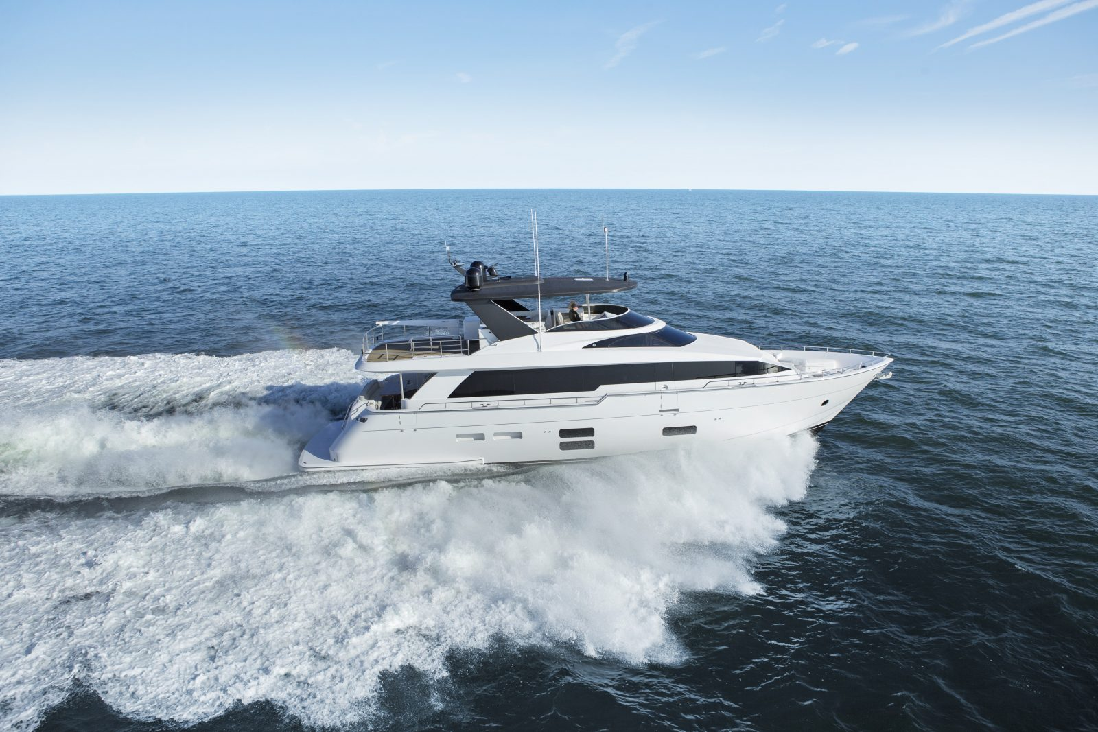 Luxury yacht for Sale | M75 Panacera by Hatteras Yachts