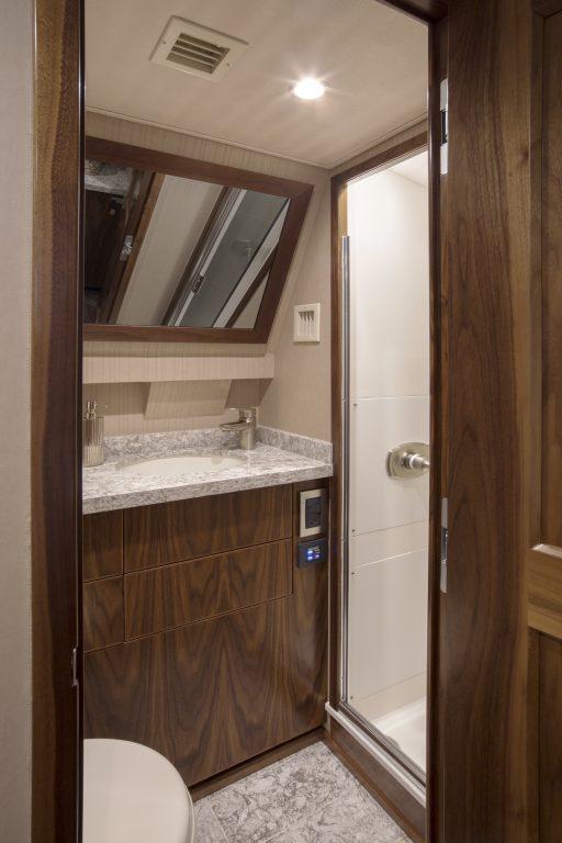 75my25 | 75 Motor Yacht