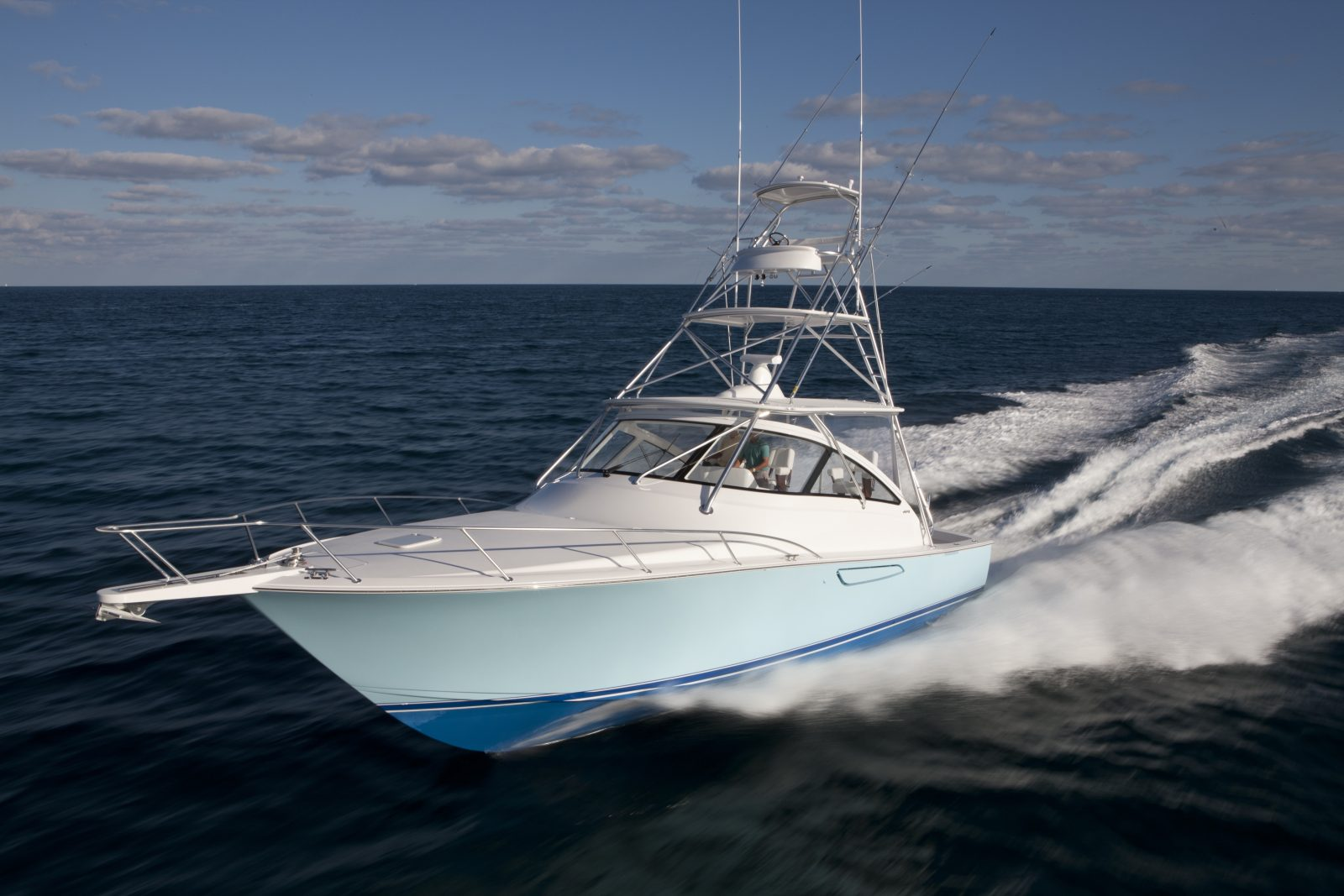 Luxury yacht for Sale | 42 Open by Viking Yachts