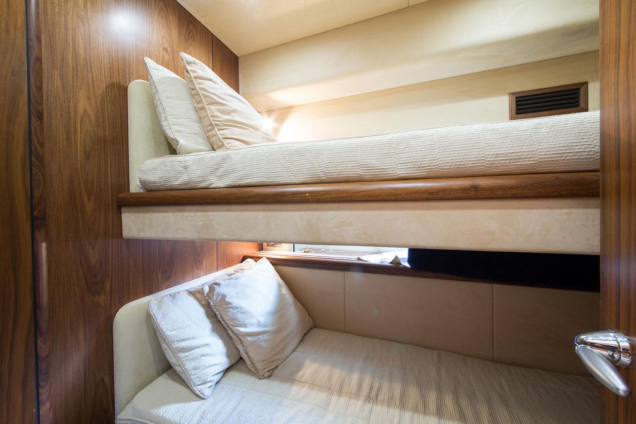 ASPIRE OF LONDON pullman bed cabin | ASPIRE OF LONDON