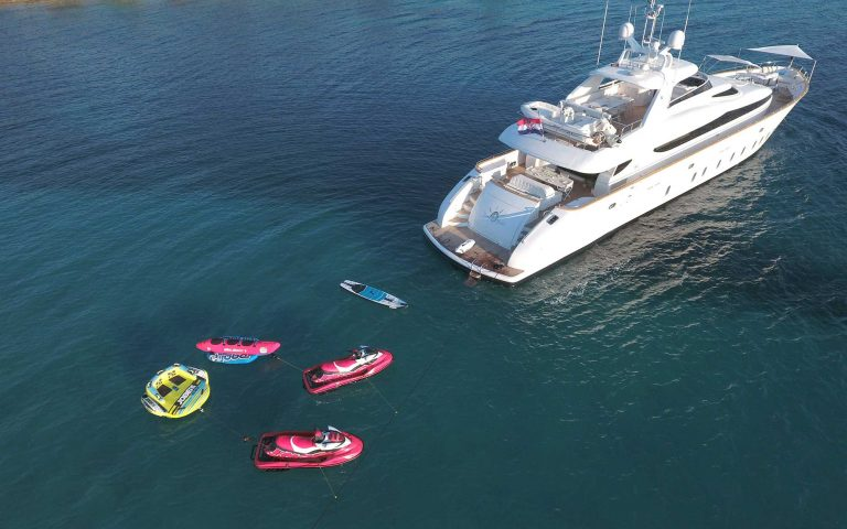 TUSCAN SUN stern and watertoys | TUSCAN SUN