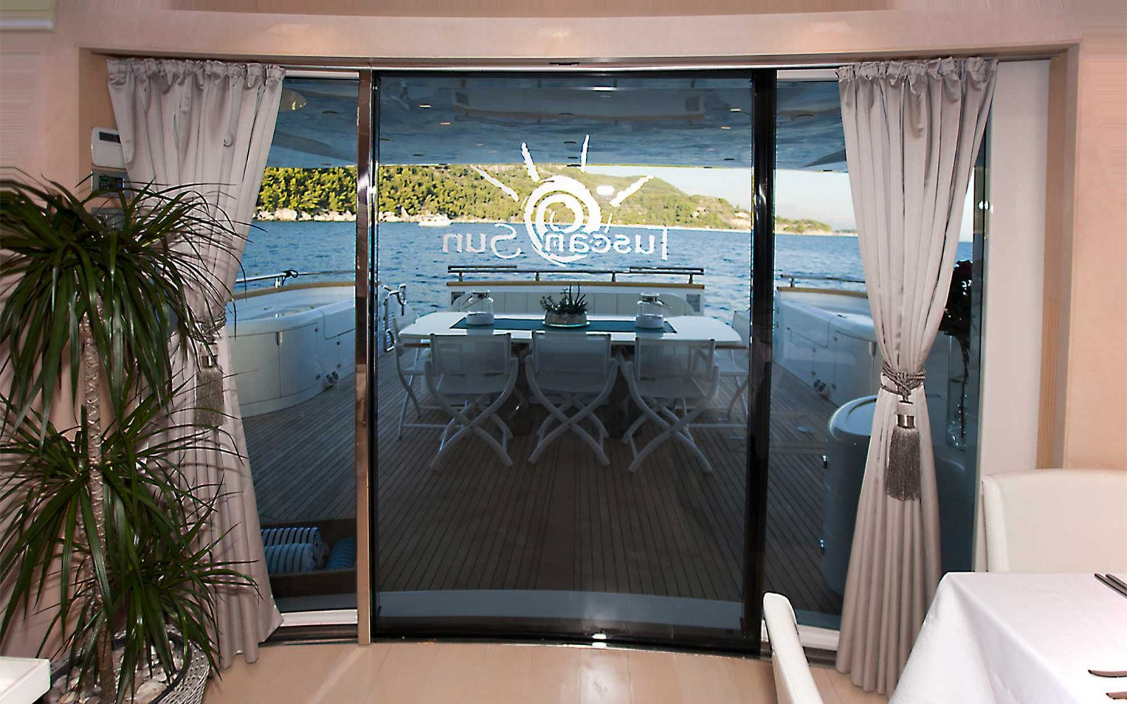 TUSCAN SUN salon view towards exit | TUSCAN SUN