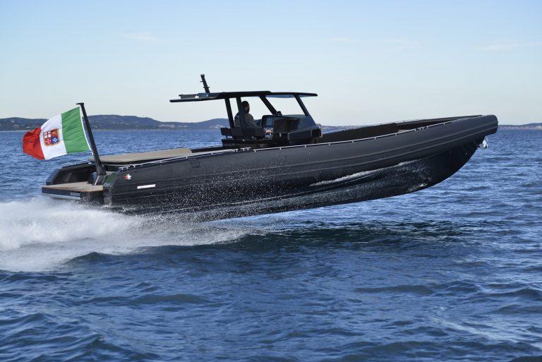 Black Shiver 120 IOB (3) | Black Shiver 120 (New) w/ Diesel Inboards