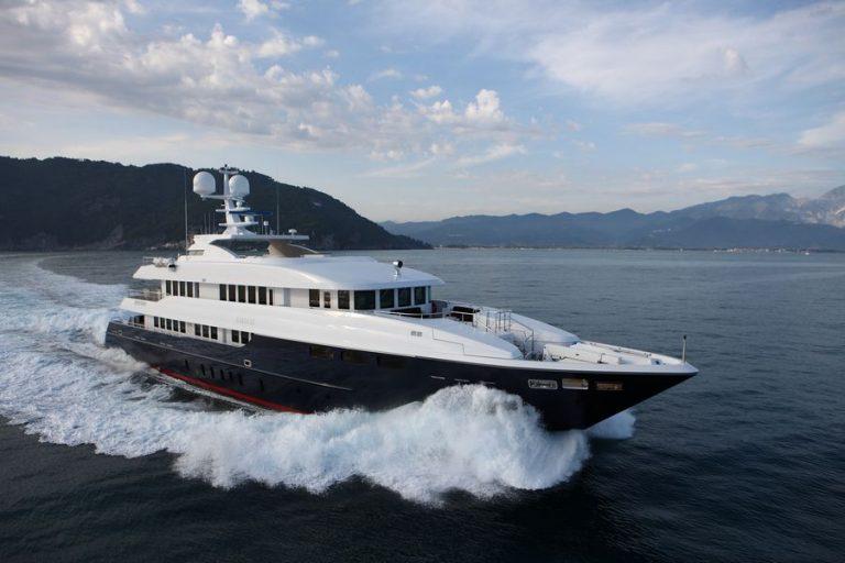 At Cruise | Zaliv III