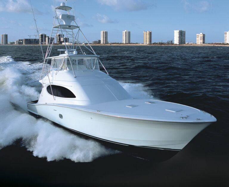 Luxury yacht for Sale | ORYX by Hatteras Yachts