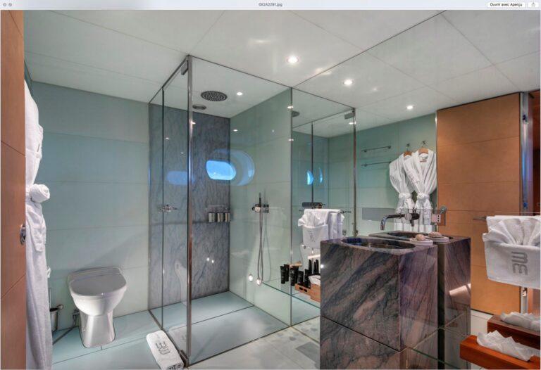 BM Bathroom Twin 1 | BLUE MAGIC