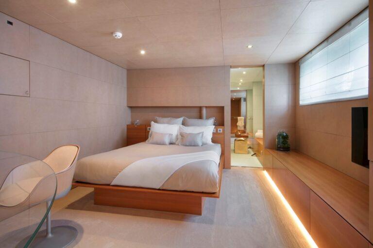 BM Double cabin 2 | BLUE MAGIC