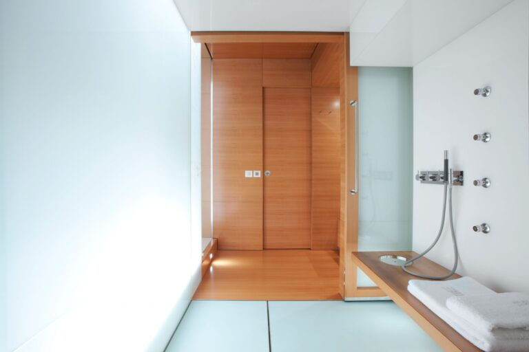 BM bathroom Master cabin | BLUE MAGIC