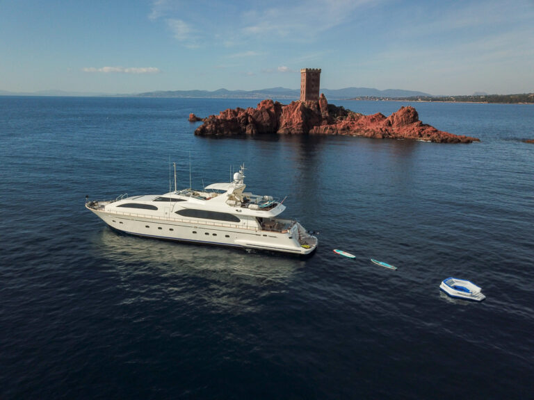 Luxury yacht for Charter | LUISAMAY by Falcon