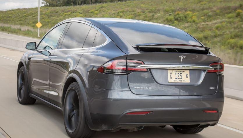 Tesla Model X top speed