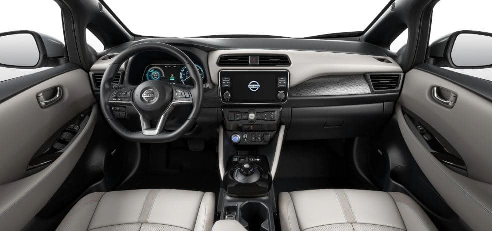nissan leaf interior space