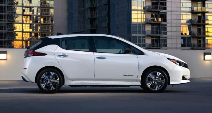 nissan leaf price in uae