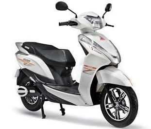 Ampere Magnus 60 Electric Scooter Price in India Specification Review Mileage Overview