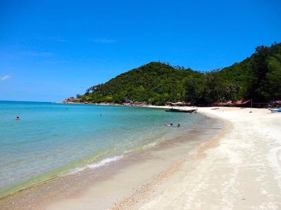 packing list for backpacking south east asia - thailand and laos