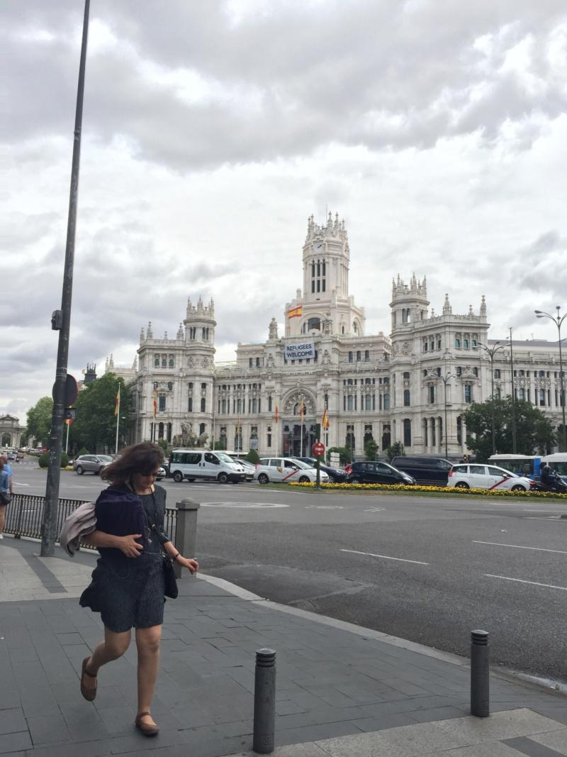 Wanderlust bee city break in madrid - june