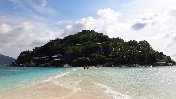 Backpacking thailand and laos stop five koh tao