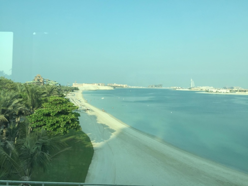 wanderlust bee six days in dubai with the girls for a city break - aquaventure