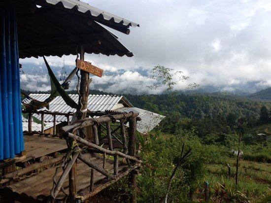 There were little settlements of Thai villages in little patches here and there on the way up.