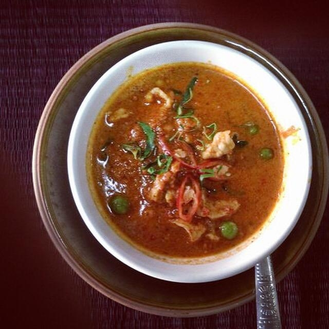 Wanderlsust bee thai cookery class
