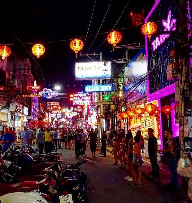 Wanderlustbee @walking street pattaya