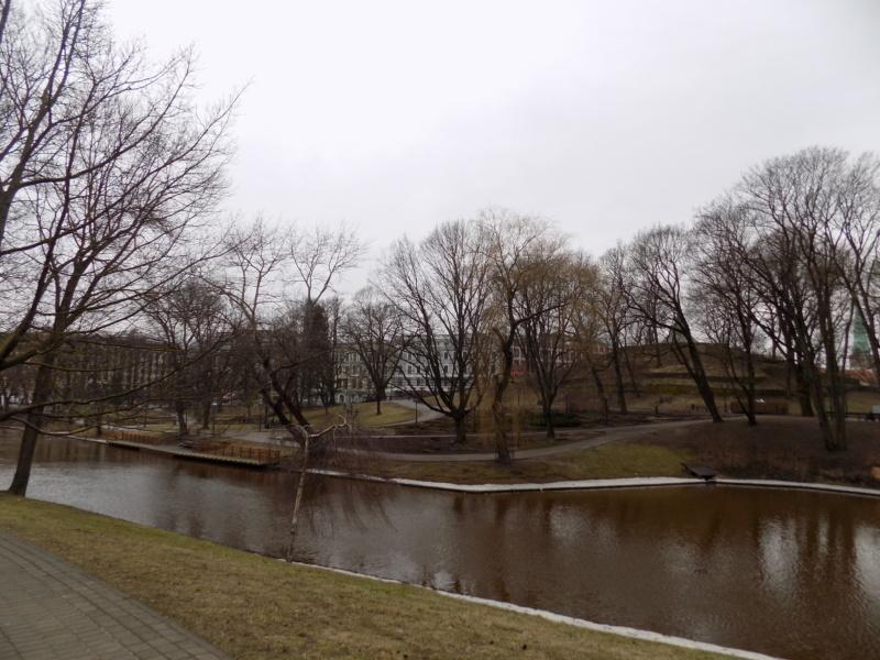 Wanderlust bee- Riga, Latvia