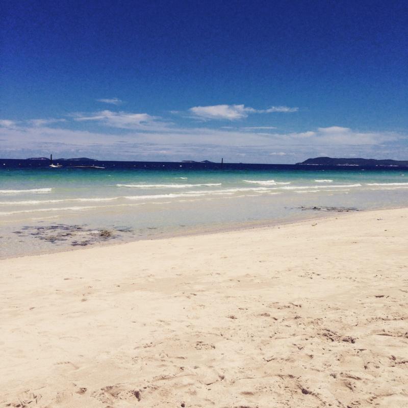 wanderlust bee Samae beach, pattay Koh lan