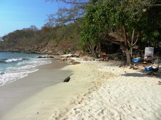 wanderlust bee island hopping Koh Samet