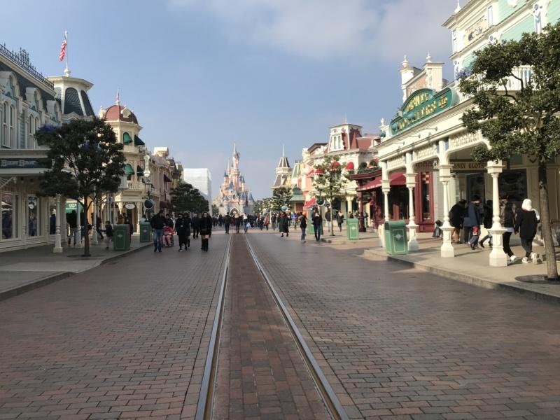 wanderlust bee - Disneyland Paris